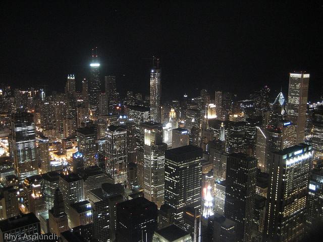 Chicago Skyline at Night by flickr user rhysasplundh