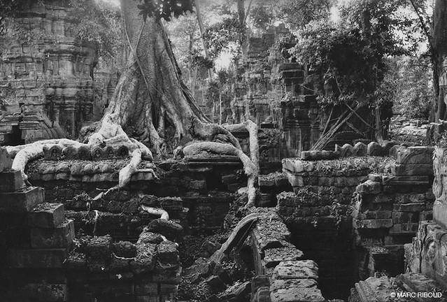 Angkor, by Marc Ribaud