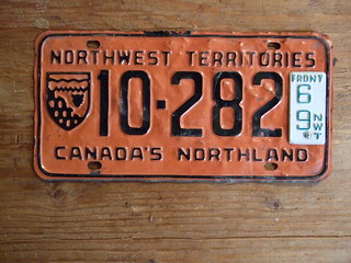 NORTHWEST TERRITORIES 1966-69 ---5 DIGIT LATE ISSUE PASSENGER with 69 FRONT TAB 10282