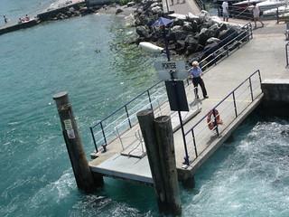 Bild av Spiaggia di Portese Stranden med en längd på 129 meter. italy beach boats boat ramp sirmione salo lakegarda lagodigarda lombardy northernitaly ferryport portese lagodibenaco manerbadelgarda lakebenaco