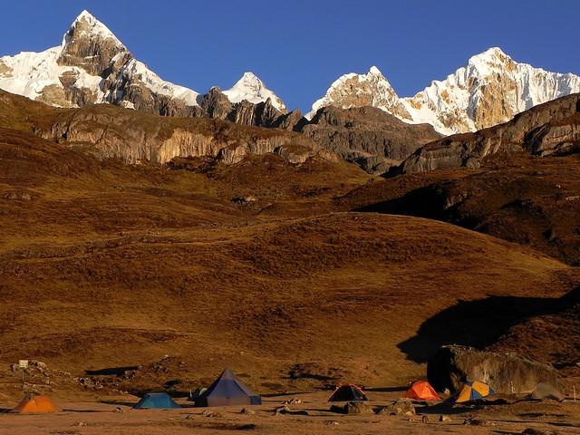 Campamento en Huayhuash