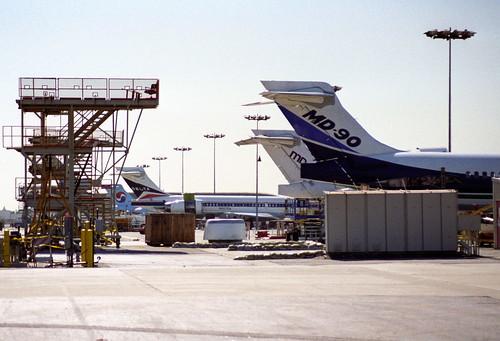 MD90s, LGB, 28.07.1995
