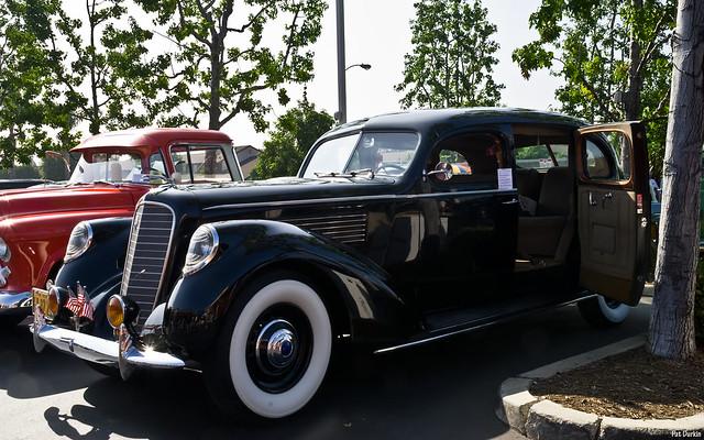 1938 Lincoln K Car - 7 passenger V12 sedan - black - fvl