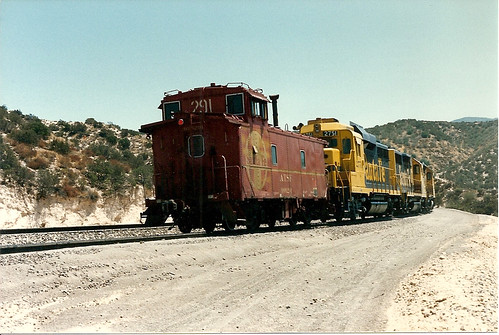 Santa Fe GP30 #2751 And Waycar #999291 Bring Up The Rear On A Cajon Cab Hop