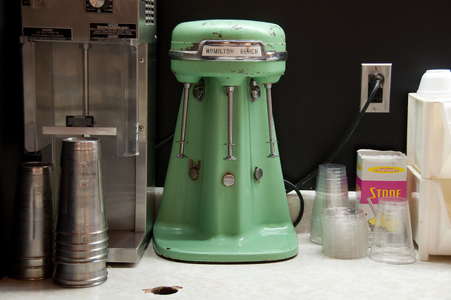 fashioned milk shake machine