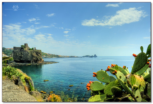 Aci Castello - Let's book your holidays :: HDR