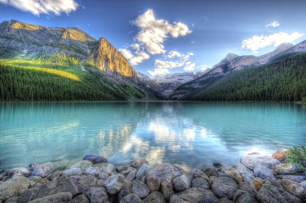 Lovely Lake Louise (HDR)