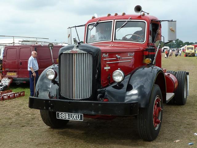 1950 To 1965 Mack Trucks : Uxu mack truck cummins diesel powered