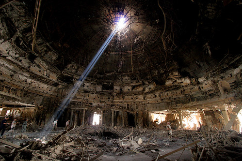 roof light war ray destruction iraq palace bunker dome damage baghdad jdam saddam shaft destroy believerspalace
