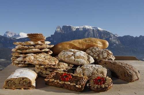 Mercato del pane e dello strudel dell 39 alto adige 2010 a for Dormire a bressanone