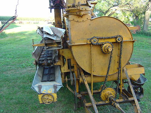 PTO Corn Sheller for Sale http://www.flickr.com/photos/cornshellers/5055366337/