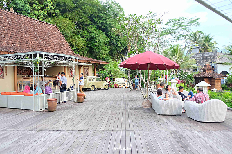 stupa restaurant magelang 6