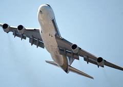 Singapore Airlines Cargo Boeing 747 (9V-SFM) to Johannesburg and Singapore