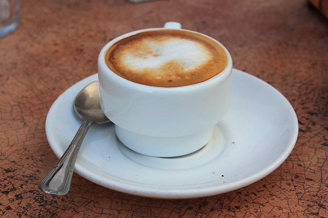 Lunes.... Mejor empezar con buen café con leche