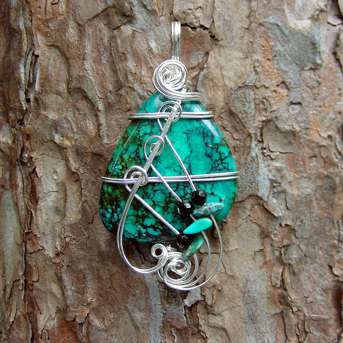 Turquoise Silver Wire Wrapped Pendant Necklace