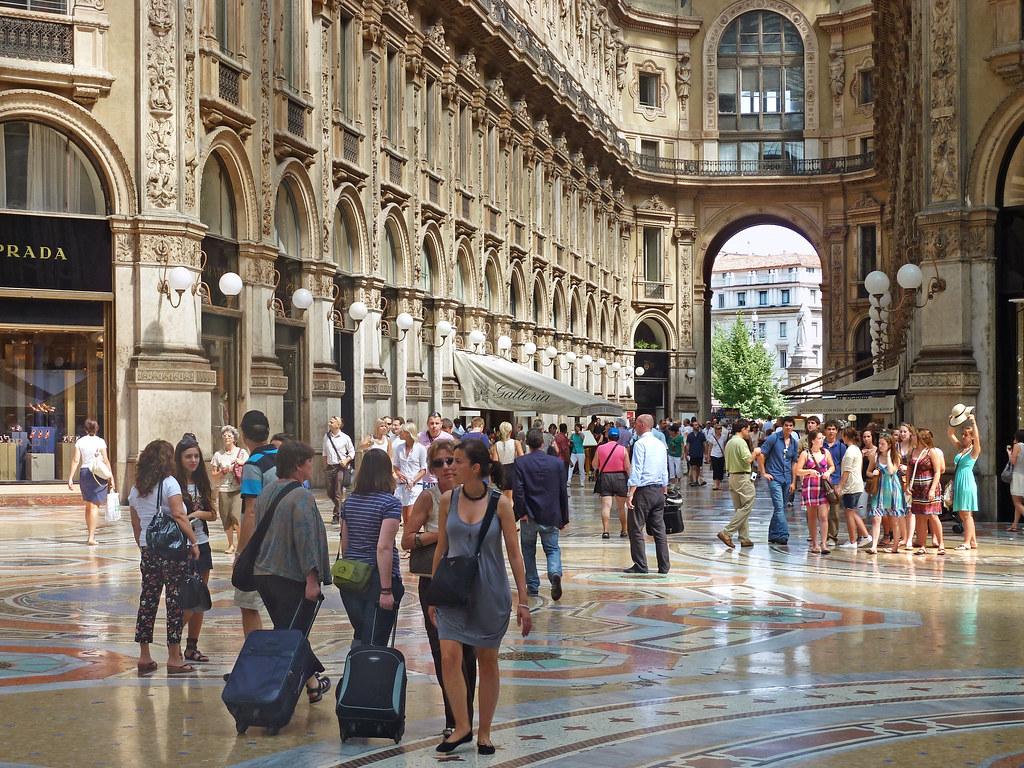 Milan Summer Nude Photos 12