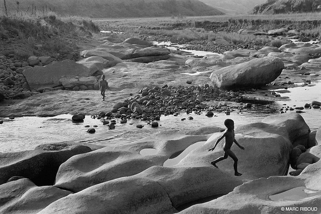 South Africa, by Marc Riboud 1998