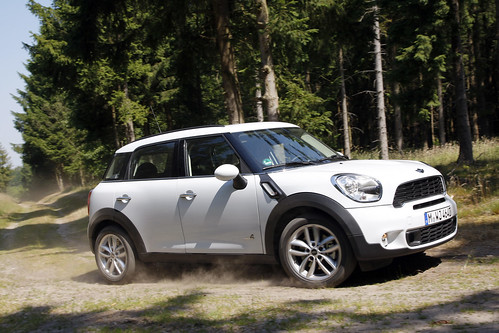 MINI Countryman Cooper S in Light White