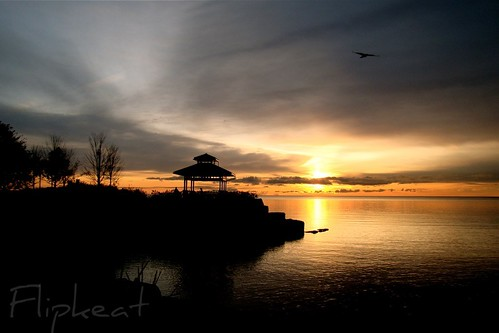 morning lake ontario canada beautiful port sunrise landscape dawn early different hometown unique awesome canadian gazebo explore credit waterscape portcredit mississuaga dsch50