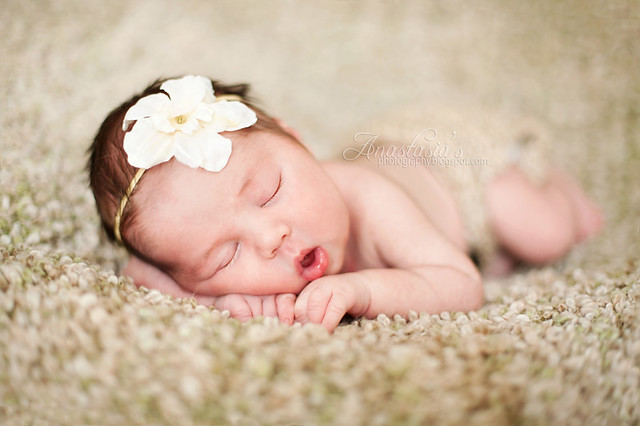 Ivy - Newborn Kids Photography