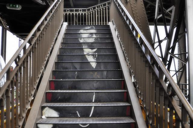 L 39 escalier dans la tour eiffel flickr photo sharing - Escalier de la tour eiffel ...