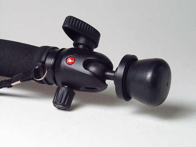 Manfrotto 494 Mini Ball Head on a monopod