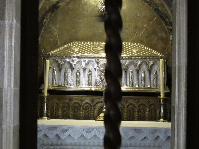 Catedral interior sepulcro santiago de compostela - Interior santiago de compostela ...
