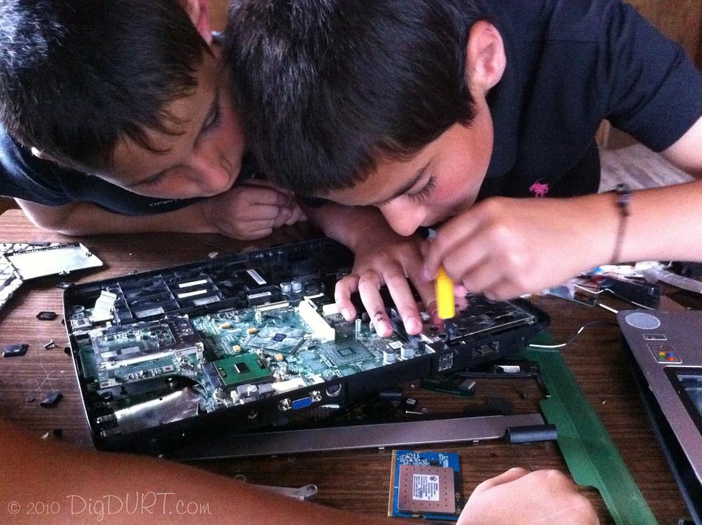 """Laptop """"Repair"""""""
