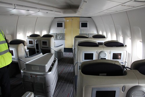 Business class on a retired Air France Boeing 747