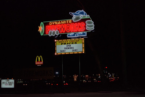 usa slr sign night 35mm geotagged myrtlebeach neon unitedstates fireworks southcarolina canona1 kodacolor colornegative us17 vaught vuescan canonfd50mmf12 minoltascandualiii geo:lat=3377601940 geo:lon=7879526764