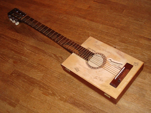 willie nelson trigger cigar box guitar tribute flickr photo sharing. Black Bedroom Furniture Sets. Home Design Ideas