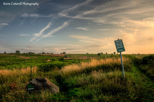 evening sky clouds felton common sign somerset england uk hdr d90 18105mmf3556g photomatixpro tonemapped