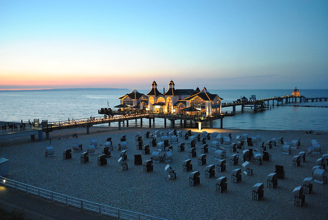 Sellin Pier at Dusk /                                                                                         Abendstimmung an der Seebrücke Sellin