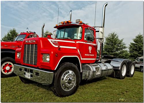 Lexington heavy equipment craigslist autos post for Eastern ky craigslist farm and garden