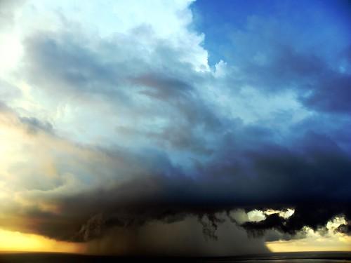 [フリー画像素材] 自然風景, 雲, 暗雲, 嵐, 風景 - フランス ID:201303241600
