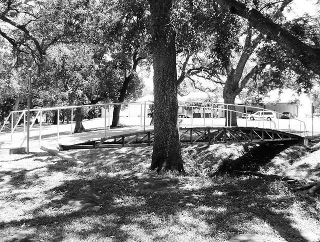 Truss Foot Bridge Wolters Park Schulenburg Texas 0814101300bw Flickr Photo Sharing