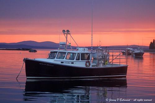 sunrise maine lobsterboat barharbor