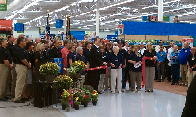 wal mart fort dodge iowa 2010 re grand opening ribbon flickr. Cars Review. Best American Auto & Cars Review
