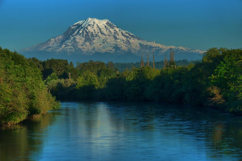 Mt Rainier with Puyallup River, Puyallup, Washington | Flickr
