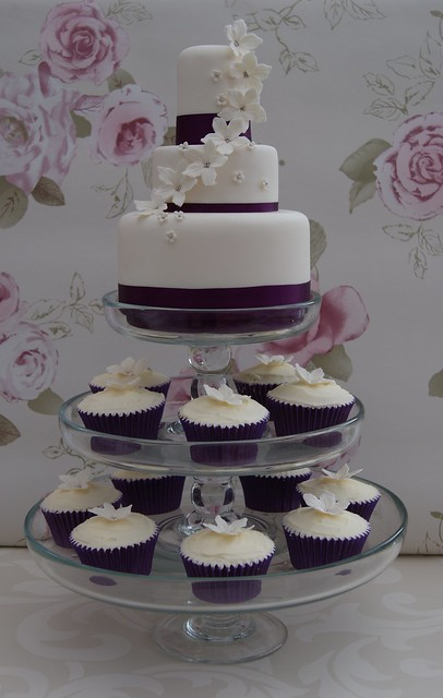 3 tier wedding cakes with cupcakes mini 3 tier with cupcakes flickr photo 10327