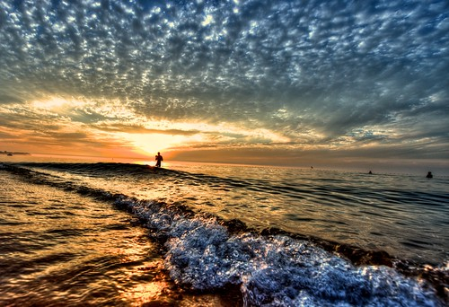 ocean china sunset sea beach clouds waves alone lonely shandong weihai 威海 山东