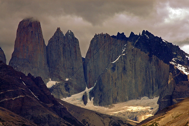 Torres Del Paine, dark light