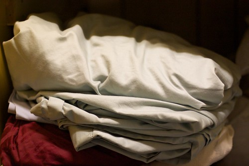 I Still Cant Fold Fitted Sheets by cogdogblog