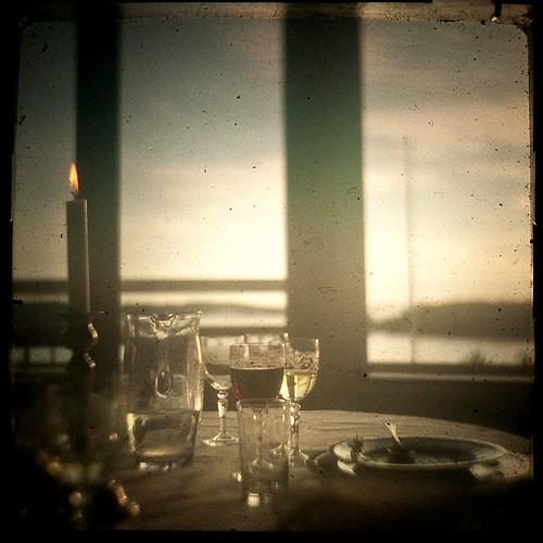 ocean table restaurant glasses candle view sweden ikoflex särö ttv ttv365 laidtanle