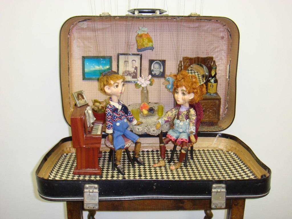 The Suitcase Show