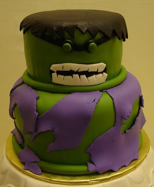 17 Best ideas about Incredible Hulk Cakes on Pinterest Hulk