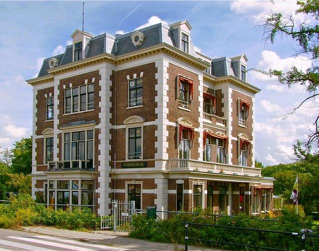 Buitenplaats Dorrepaal. Foto door Roel Wijnants.