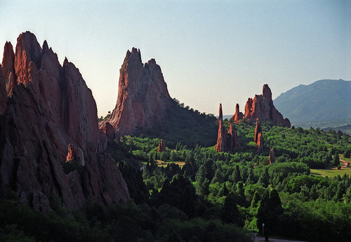 park usa film vertical sandstone colorado rocks gardenofthegods co 1998 geology spines sedimentary tilted coldwar geological norad publicpark cheyennemountain coloradorocks hogbacks