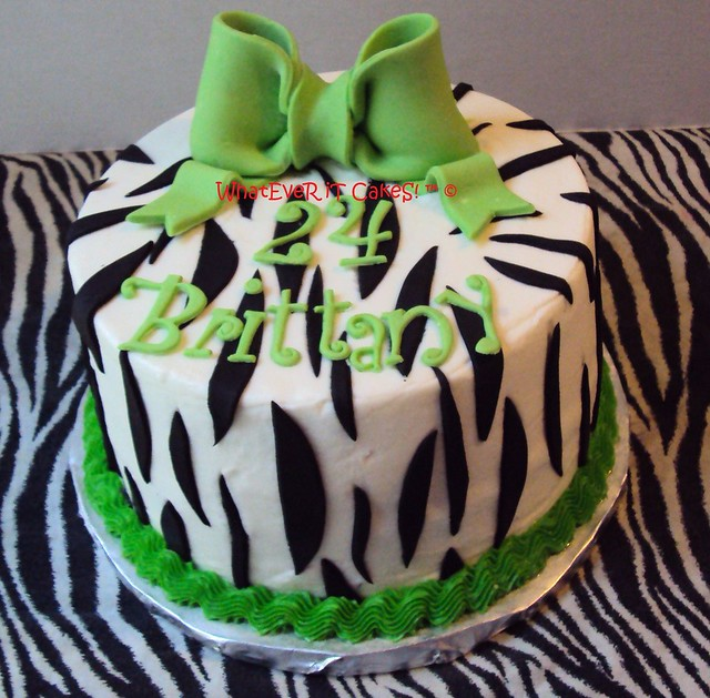 Green Zebra Cake http://www.flickr.com/photos/whatever_it_cakes/4914103358/