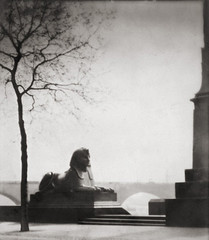 Sphinx, The Embankment, London 1925, by E.O. Hoppe